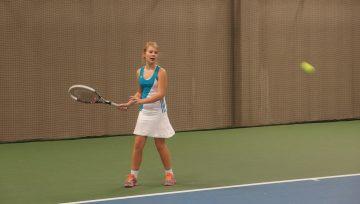 Organizuojamos moterų ir merginų teniso treniruočių sesijos